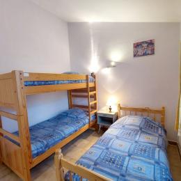 La terrasse - Location de vacances - Bessas