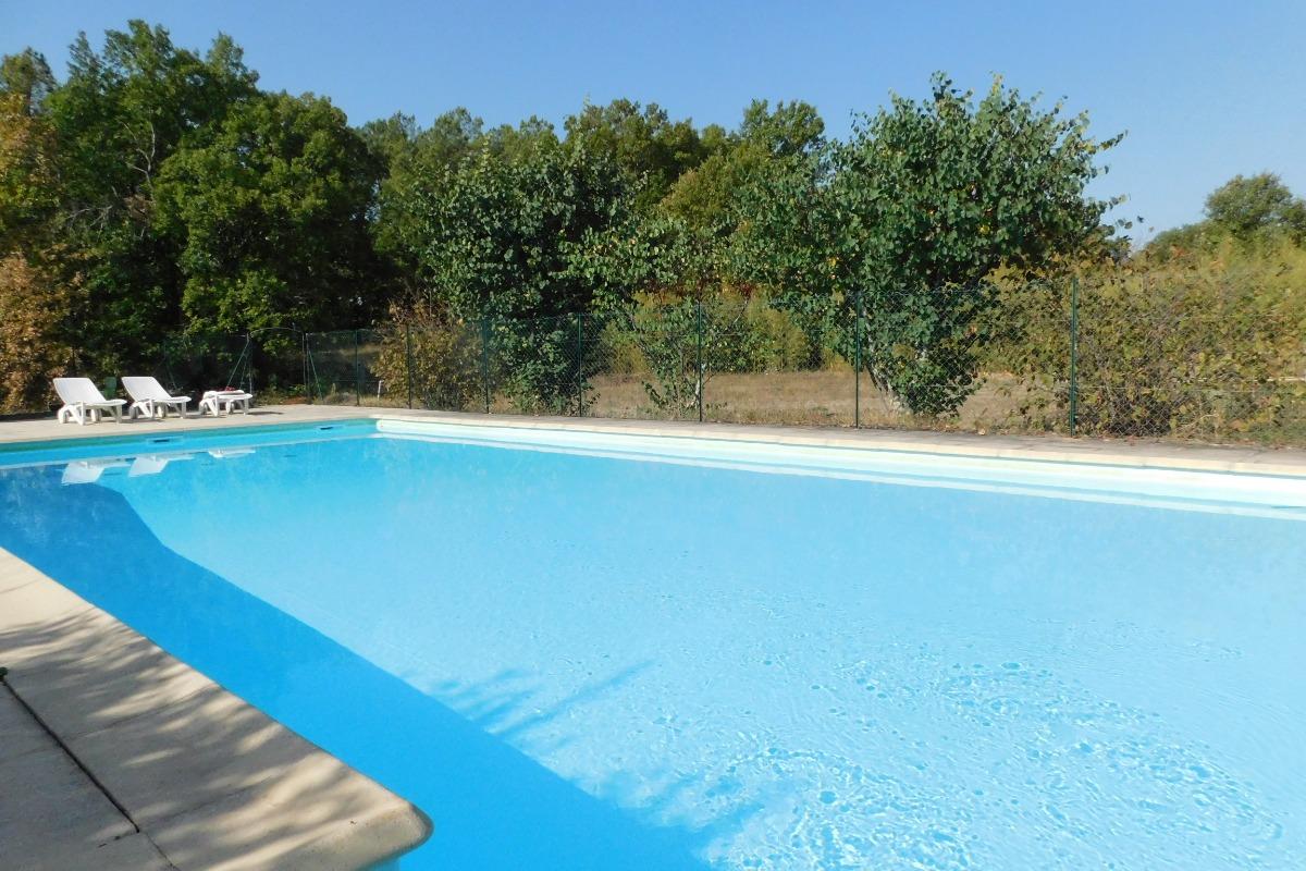 Piscine  privée, sécurisée 12X6 - Location de vacances - Lablachère