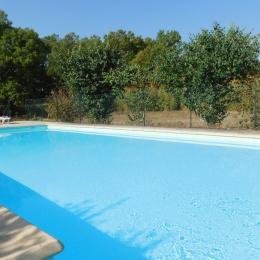 Terrasse couverte,jardin ombragé - Location de vacances - Lablachère