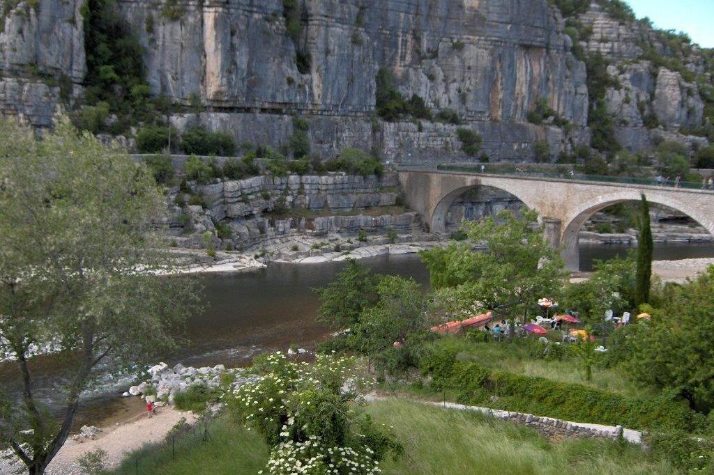 Vue de la terrasse - Location de vacances - Balazuc