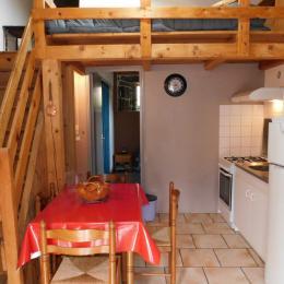 la terrasse - Location de vacances - Meyras