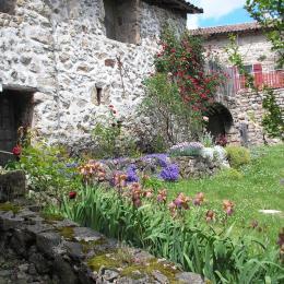 la location Sarah - Location de vacances - Meyras