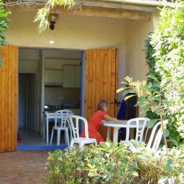Piscine - Location de vacances - Salavas