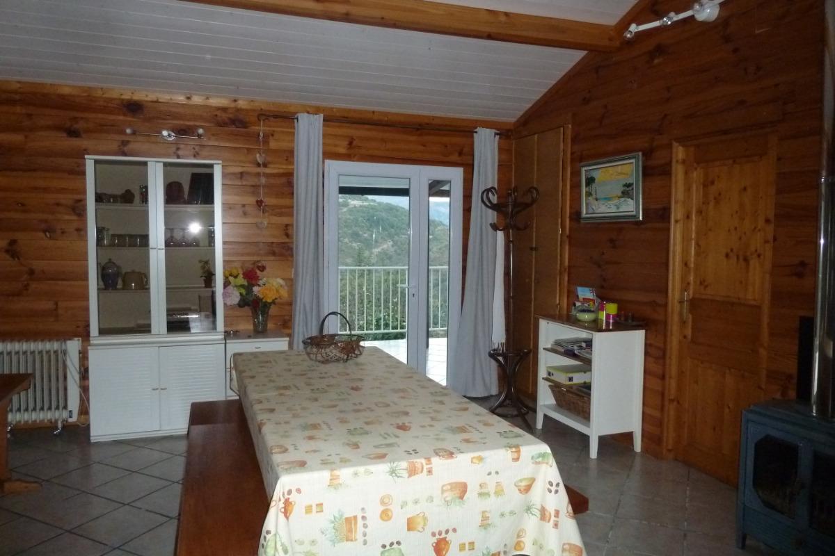 cuisine ouverte sur séjour - Location de vacances - Saint-Andéol-de-Vals