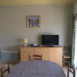 salon séjour - Location de vacances - Villeneuve-de-Berg