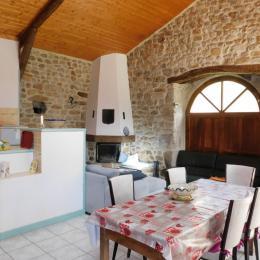Chambre parentale - Location de vacances - Arlebosc