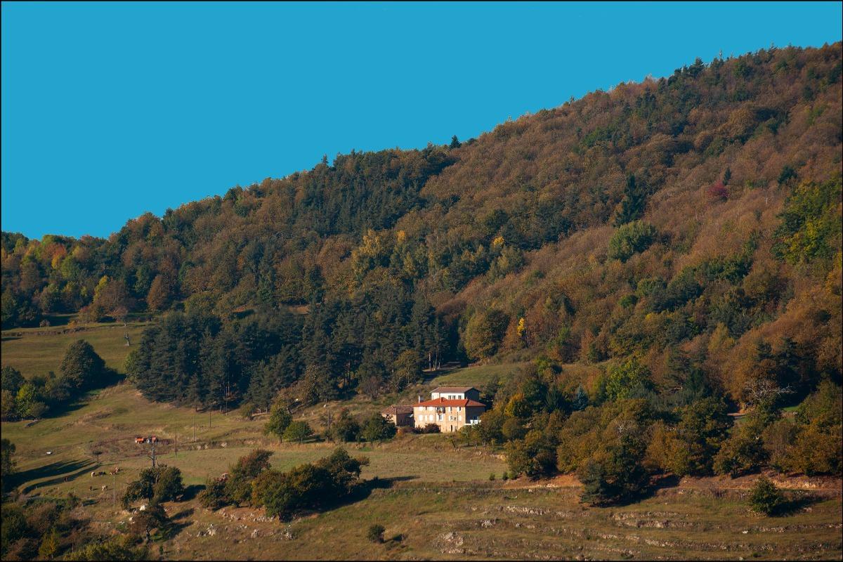 Gîte vue panoramique - Location de vacances - Saint-Julien-Labrousse
