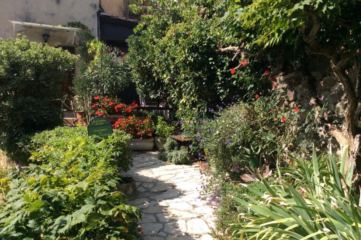 Jardin - Chambre d'hôtes - Beauchastel