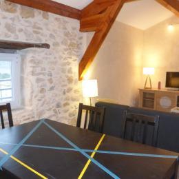 mélange de moderne et d'ancien - Location de vacances - Vallon-Pont-d'Arc