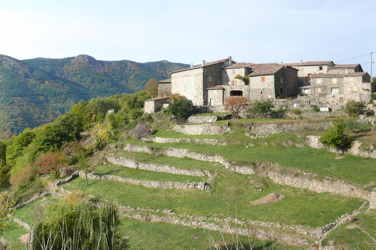 Le hameau du Monteil - Location de vacances - Laboule