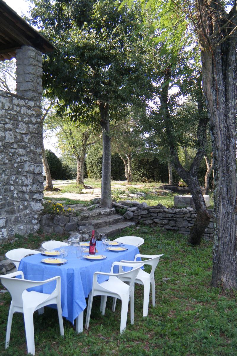 Le Piepassou - La terrasse privative - Location de vacances - Labeaume