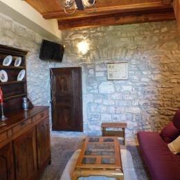 Le Piepassou - Le Salon - Location de vacances - Labeaume
