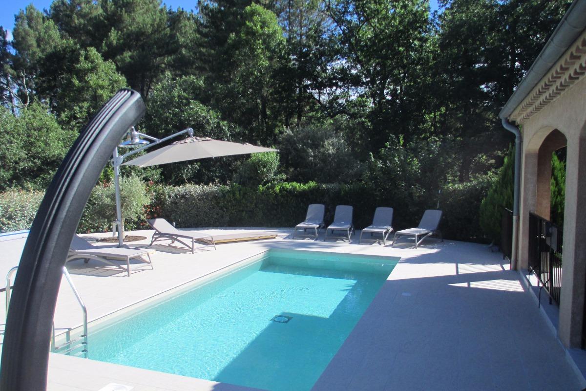 La piscine - Location de vacances - Jaujac
