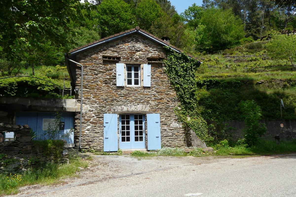 FACADE - Location de vacances - Saint-Mélany