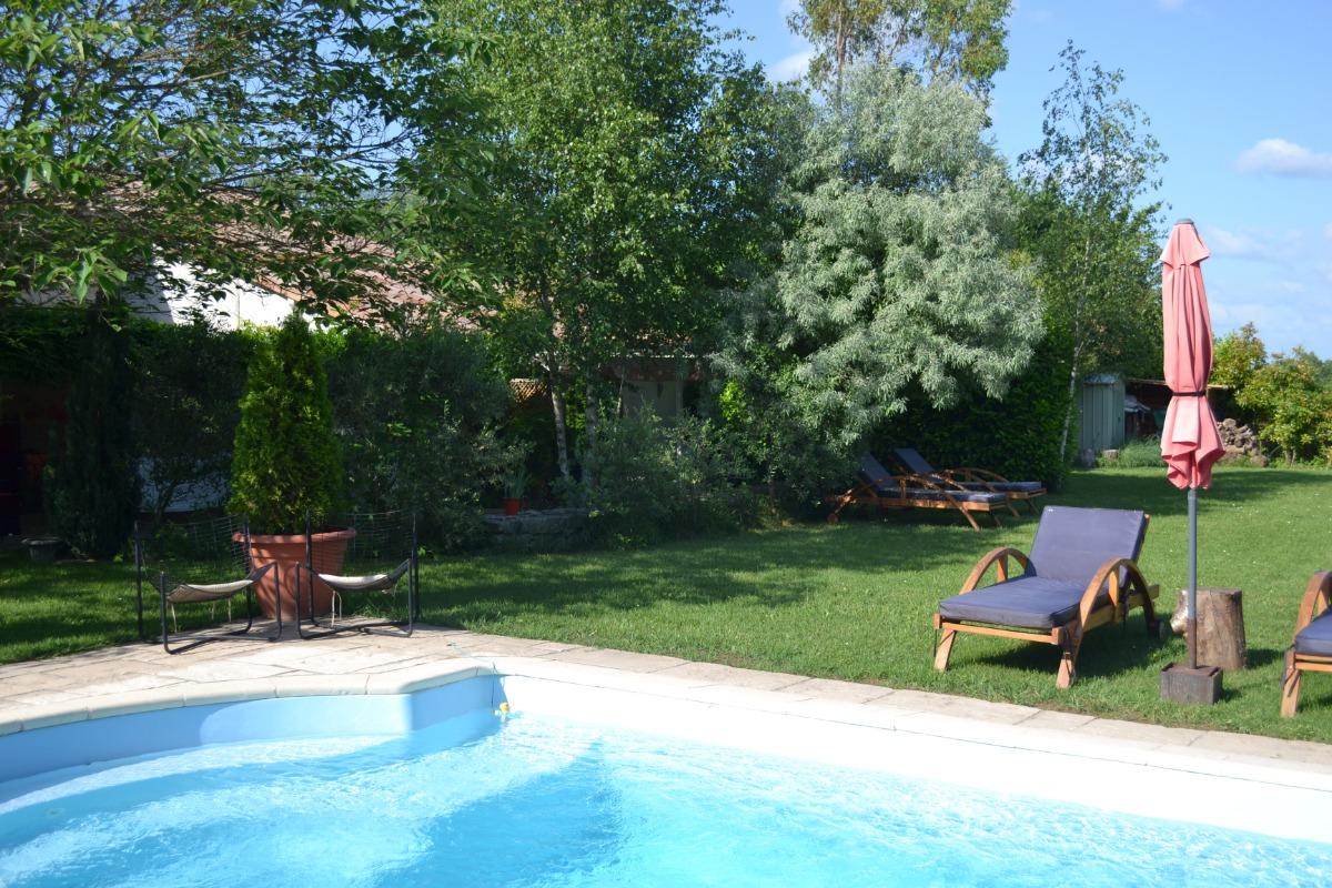 Le Jas De Berrias Maison Avec Terrasse Jardin Et Piscine