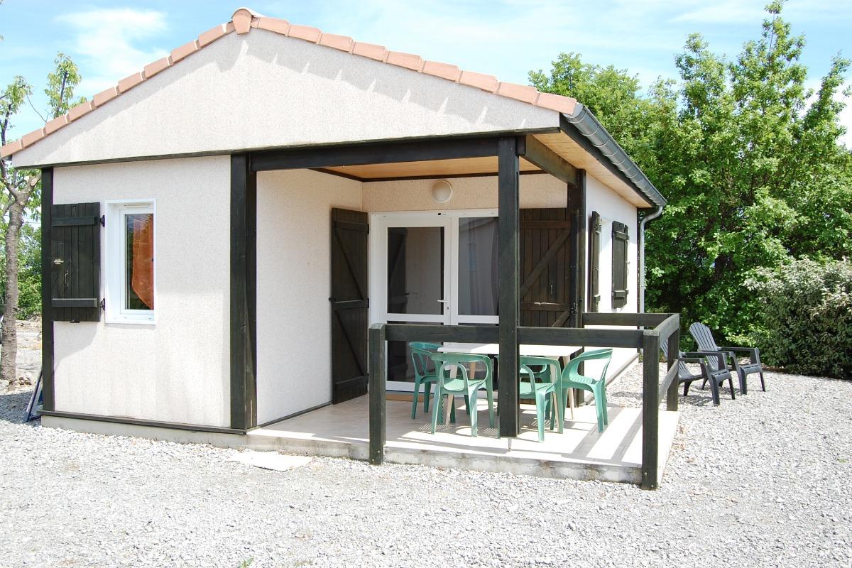 Romarin 2 Gite Avec Terrasse Couverte Et Piscines Communes En