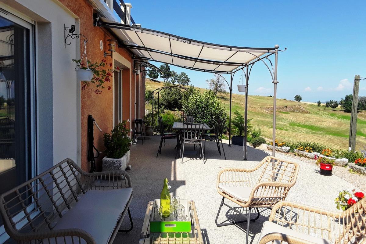 superbe terrasse - Location de vacances - Gilhoc-sur-Ormèze