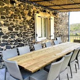 chambre avec 2 lits en 140 avec dressing et tv - Location de vacances - Alba-la-Romaine