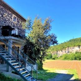 salle de douche avec wc de la chambre 2 - Location de vacances - Alba-la-Romaine