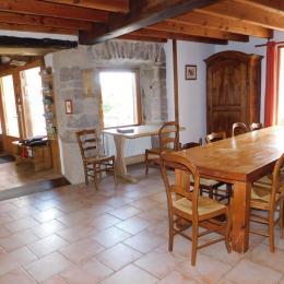 Salle à manger - Location de vacances - Pailharès