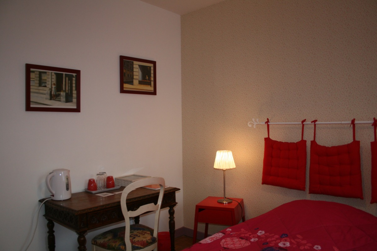 La chambre Coquelicot - Chambre d'hôtes - Annonay