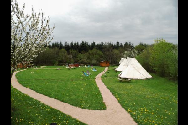 Teepeeone, calme et nature - Chambre d'hôtes - Vauban