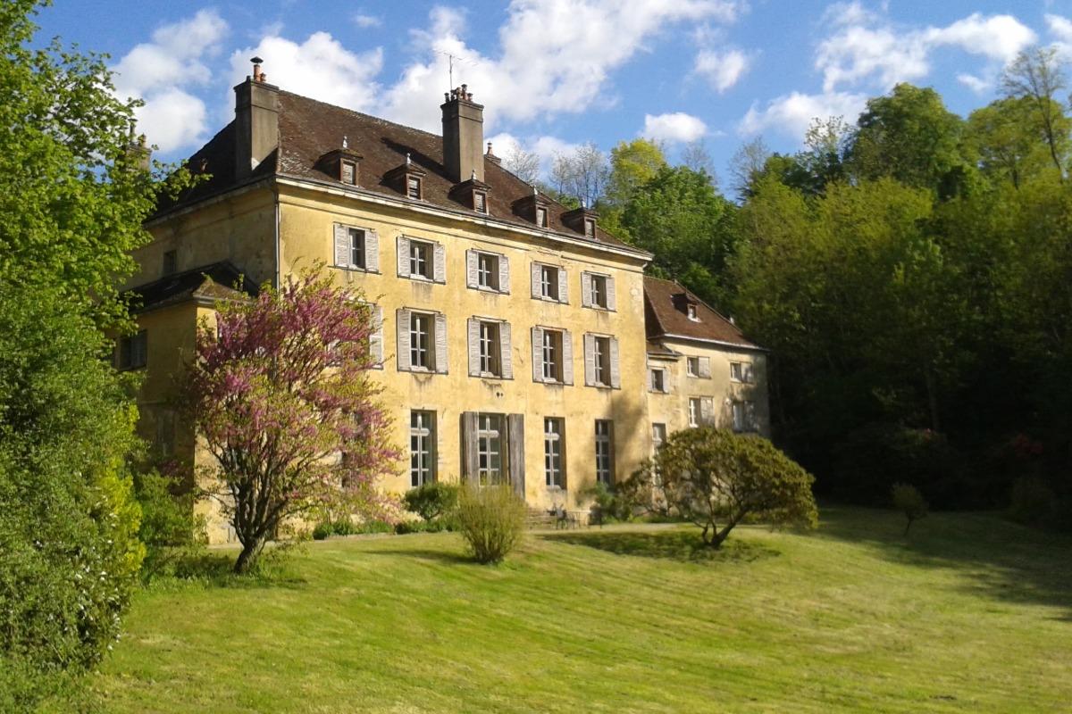 Gîte du Château - Château de Joudes - Location de vacances - Joudes