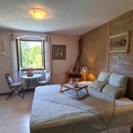 LE DOUX NID : Chambre d'hôtes à Chanaz (Lac du Bourget - Savoie) - Chambre d'hôtes - Chanaz