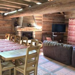 Salon et Salle à manger - Location de vacances - Saint-François-Longchamp