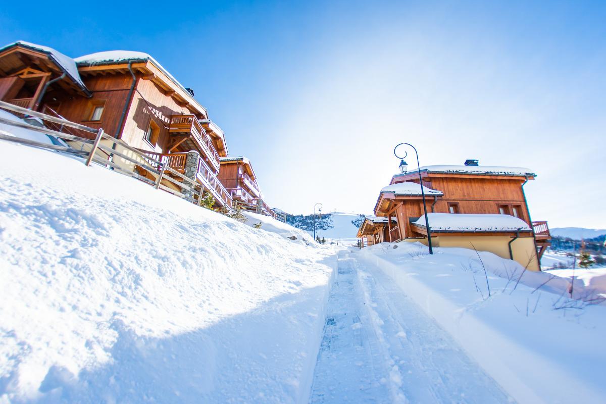 Départ skis au pied des chalets - Location de vacances - Saint-François-Longchamp