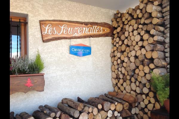Location appartement dans chalet Notre Dame de Bellecombe - Location de vacances - Notre-Dame-de-Bellecombe