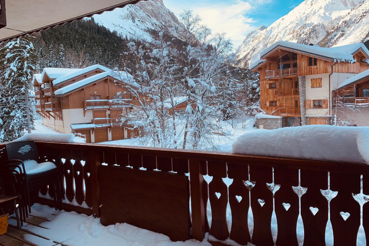 Chambre 2 : 1 lit mezzanine en 140x190 pour 2 personnes - Location de vacances - Pralognan-la-Vanoise