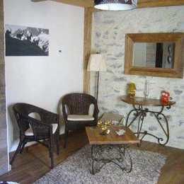 Le coin salon de la chambre d'hôtes Romance - Chambre d'hôtes - Plagne Tarentaise