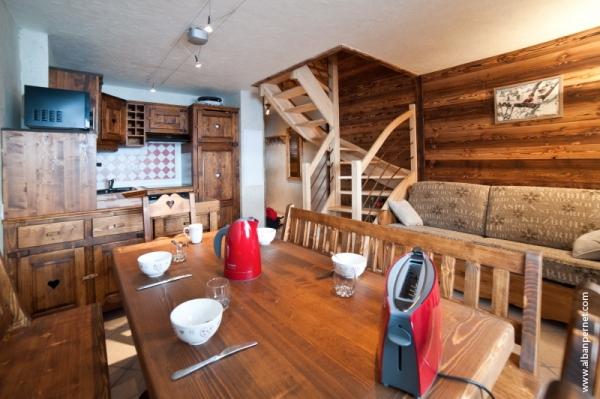 OURS 2 Appartement dans petite résidence avec piscine en Savoie - Location de vacances - Albiez-Montrond