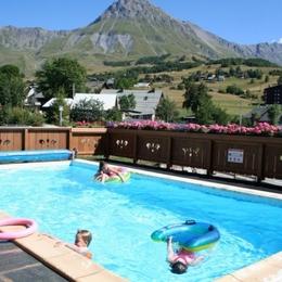 Ours 8 Appartement chaleureux grande capacité avec piscine à Albiez Montrond - Savoie  - Location de vacances - Albiez-Montrond