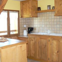Location maison dans les Bauges - cuisine - Location de vacances - Arith