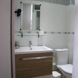 Location appartement Les Menuires- chambre au RDC - Location de vacances - Les Menuires