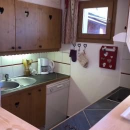 La cuisine côté évier - Location de vacances - Valmorel