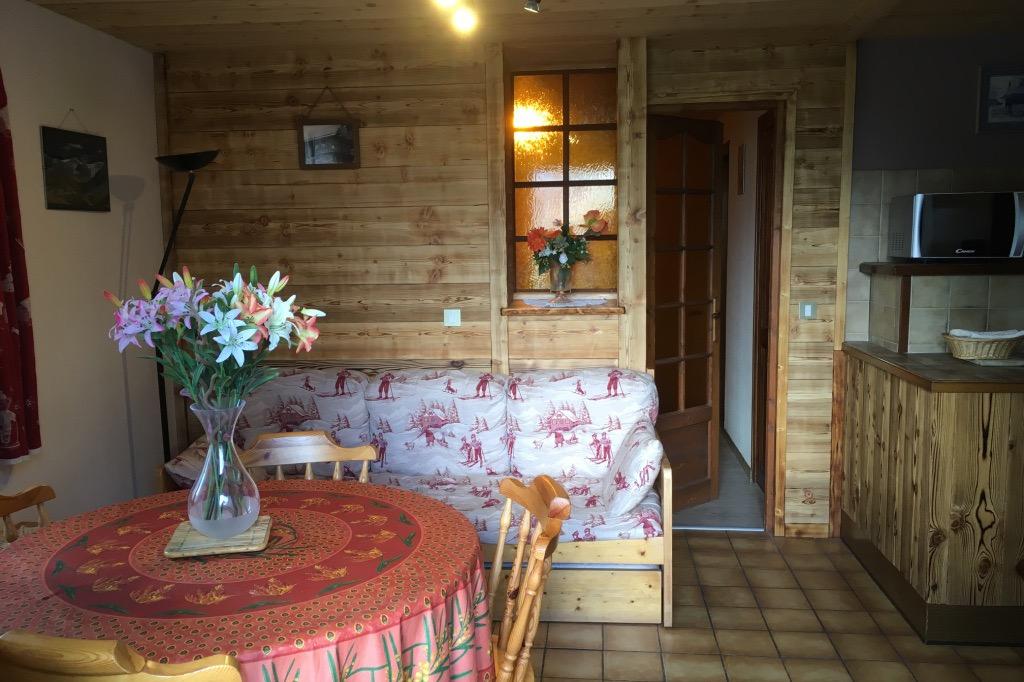 Chalet Lou Murgis - station de ski Saint Sorlin d'Arves en Savoie - domaine skiable Les Sybelles - coin salon - Location de vacances - Saint-Sorlin-d'Arves