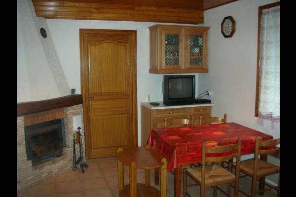Chalet Le Pao - Saint Sorlin d'Arves  - séjour avec cheminée - Location de vacances - Saint-Sorlin-d'Arves