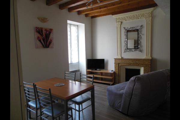 location : Appartement dans maison de village à Yenne (Savoie) - Location de vacances - Yenne