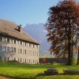 vue du chateau des allues - Location de vacances - Saint-Pierre-d'Albigny