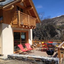 La Tanière sous le soleil de printemps... Mobilier de jardin et Barbecue à votre disposition ! - Location de vacances - Valloire