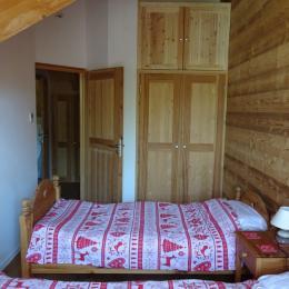 Chambre 1 - Chalet La Ruche - Saint Sorlin d'Arves - Savoie - Location de vacances - Saint-Sorlin-d'Arves
