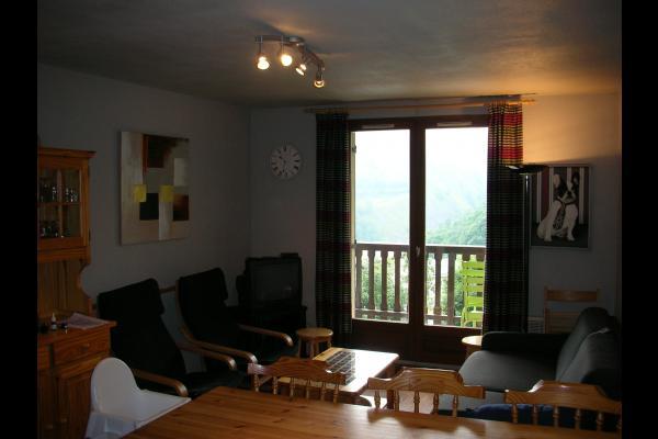 Appartement Le Belvédère n°15 - Saint Sorlin d'Arves - station de ski Savoie - pièce de vie  - Location de vacances - Saint-Sorlin-d'Arves