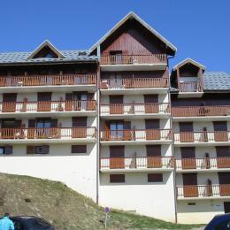 Vue immeuble Le Belvédère - Saint Sorlin d'Arves en Savoie  - Location de vacances - Saint-Sorlin-d'Arves