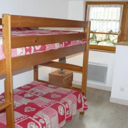 Chambre 1 - Chalet MILLIAT - Appartement Chamois - Saint Sorlin d'Arves - SAVOIE - Location de vacances - Saint-Sorlin-d'Arves