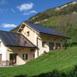 Eco gîte de grand confort pour 6 personnes à Montagnole (Chambéry - Savoie) - Location de vacances - Montagnole