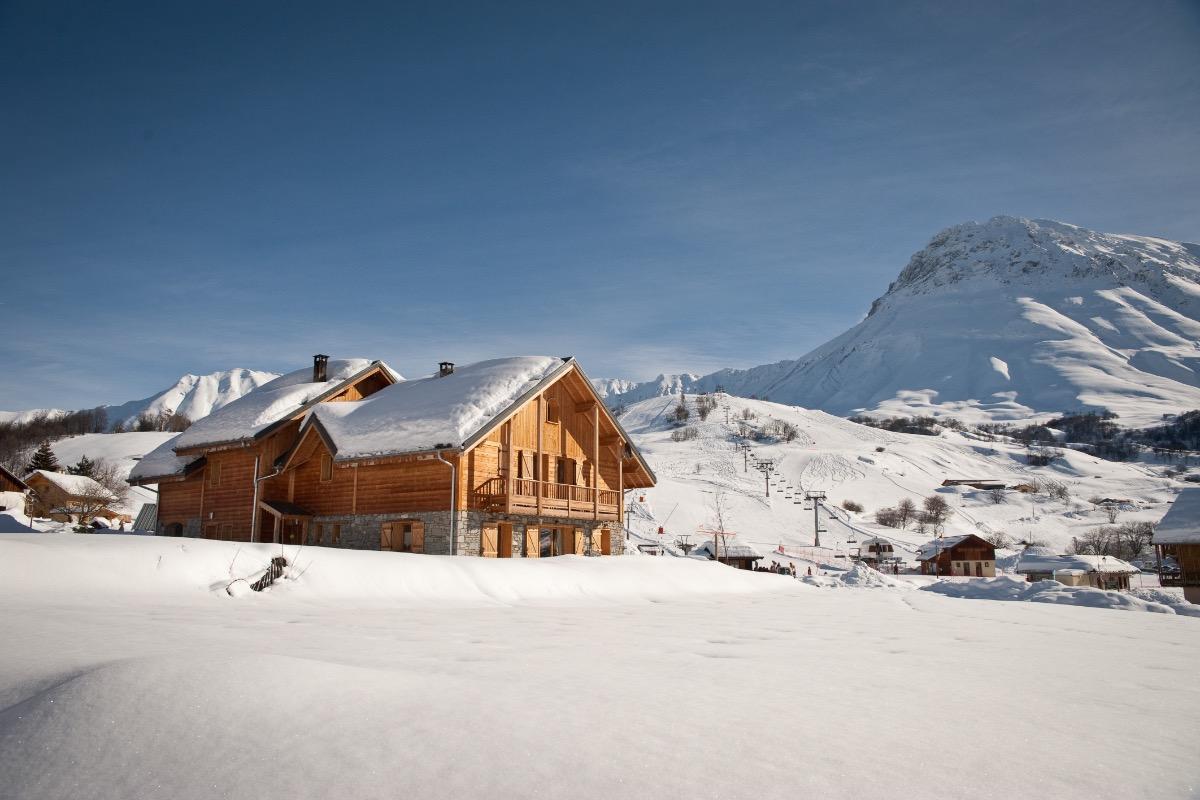 Le chalet, les pistes de ski et le Mont Emy The chalet, the ski slopes and the Mont Emy - Location de vacances - Albiez-Montrond