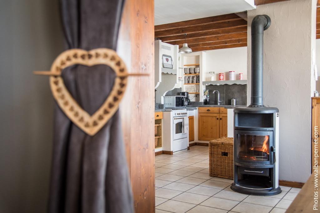 Gîte Fleur de Neige -  Albiez Montrond station familiale Savoie - pièce de vie - Location de vacances - Albiez-Montrond